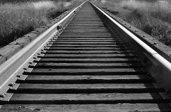 Resultado de imagen de trenes que se alejan