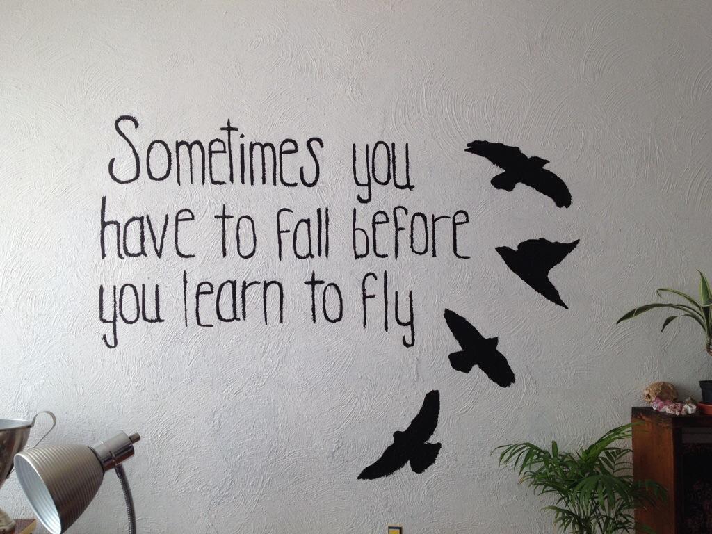 Mi adolescenta y las palabras como anuncio de vuelo - Frases para paredes habitaciones ...