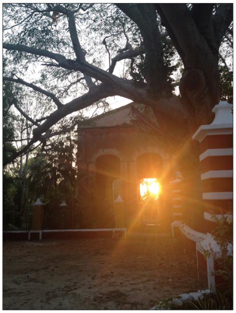 Así de hermosa cae la tarde en la Hacienda Santa Rosa.