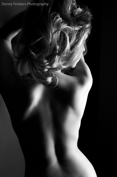 #MiércolesDePoesía El infinito lienzo de tu espalda
